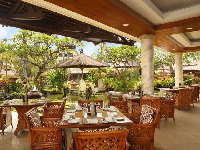 巴厘岛努沙杜阿海滩spa酒店 - 登巴萨 - 餐厅