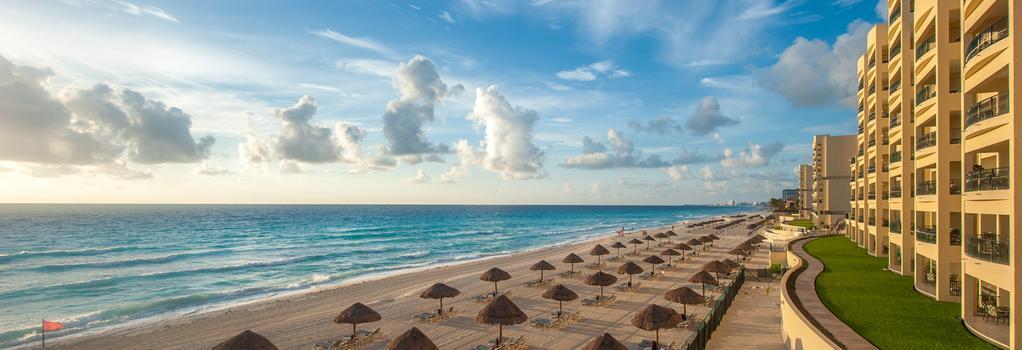 Arrecife Cancun