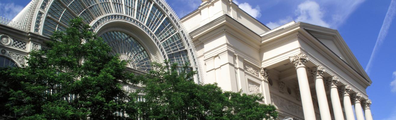 London - Shopping, Urban, Historic, Nightlife
