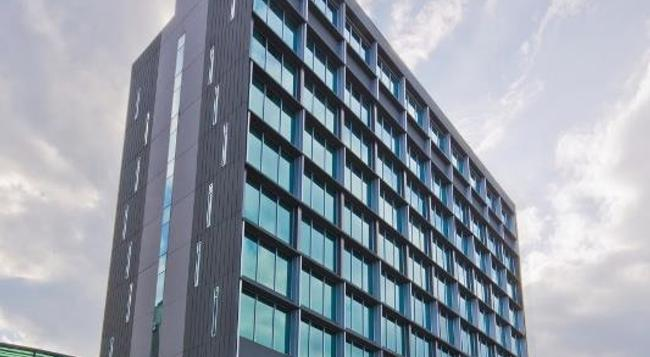 Park Avenue Changi - 新加坡 - 建築