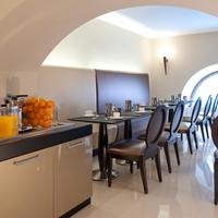 Hotel Fiume Breakfast Area