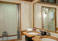法拉迪爾酒店 - 羅馬 - 臥室
