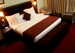 Best Western PLUS Elomaz Hotel - 阿薩巴 - 臥室