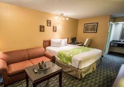 易克諾基西米酒店 - 基西米 - 臥室