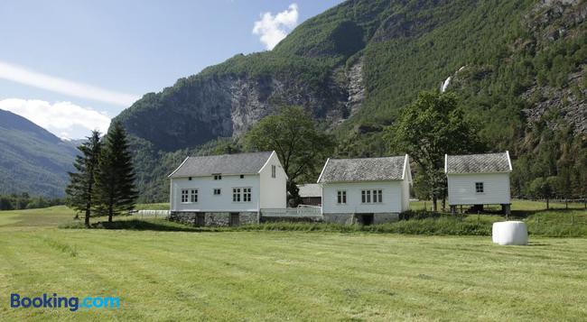 Brekke Gard Hostel - Flåm - 建築