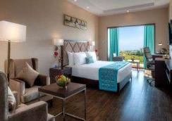 Days Hotel Chennai Omr - 清奈 - 臥室