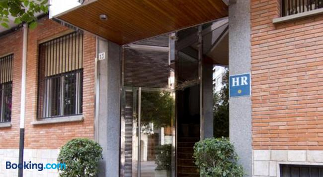 Hotel Residencia Isasa - 洛格羅尼奧 - 建築
