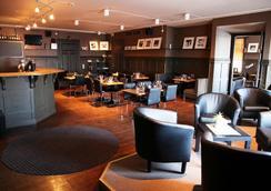 貝斯特韋斯特老劇院酒店 - 厄斯特松德 - 酒吧