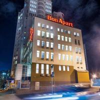 Bonapart Hotel Exterior