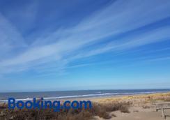 海灘住宿加早餐旅館 - 海牙 - 海灘