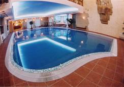 Tsunami Spa Hotel - 第聶伯羅彼得羅斯夫斯克 / 第聶伯羅彼得羅斯夫克 - 游泳池