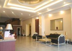 迦南酒店 - 上海 - 櫃檯