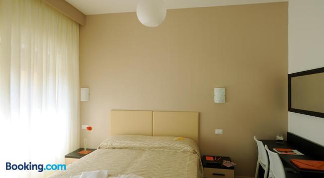 Honey Rooms - 羅馬 - 臥室