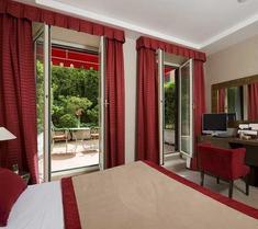 戴伯爾格洛尼酒店