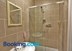格洛斯特中央酒店 - 格洛斯特 - 浴室