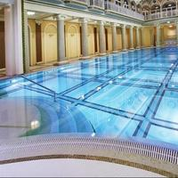 Londonskaya Hotel Pool View