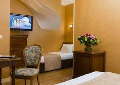 布爾蓬宮殿酒店 - 巴黎 - 臥室