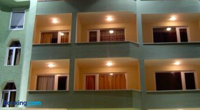 Paralax Hotel - Varna - 建築