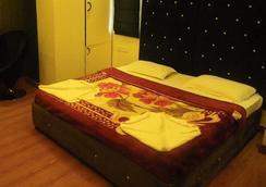 麗悅酒店 - 新德里 - 臥室