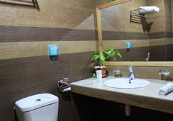 交通海灘景酒店 - Hulhumale - 浴室