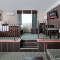 Coast Lethbridge Hotel & Conference Centre Premium King Suite