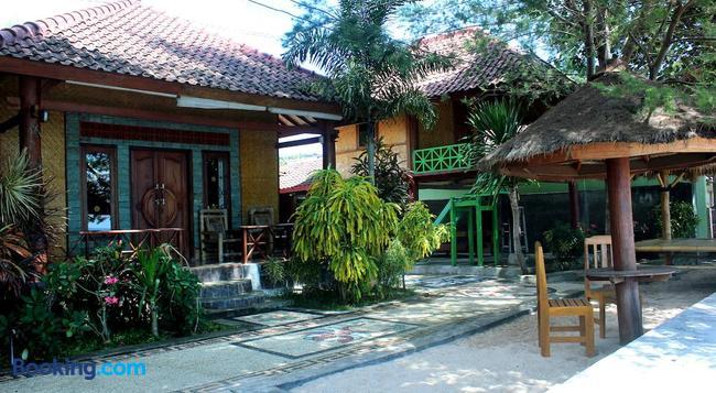 Krisna Bungalows And Restaurant - 馬塔蘭 - 建築