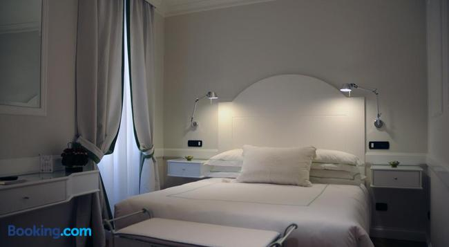 Suite Fontana di Trevi - 羅馬 - 臥室