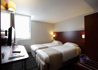 聖馬洛迪納爾基里亞德酒店