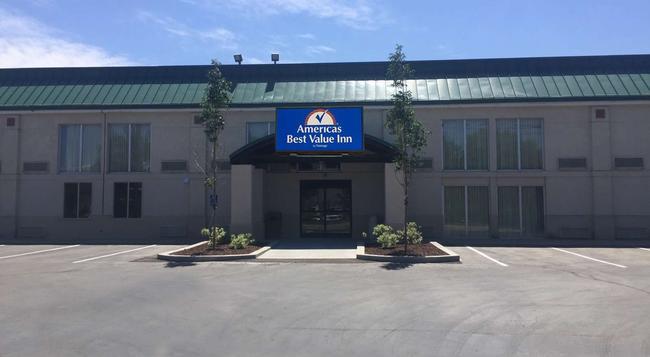 Americas Best Value Inn & Suites Boise - 博伊西 - 建築
