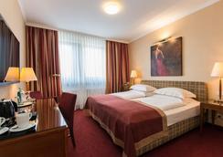 貝斯特韋斯特酒店聖·拉斐爾店 - 漢堡 - 臥室