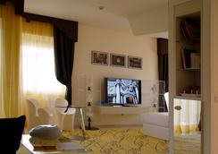 羅馬里帕酒店 - 羅馬 - 臥室