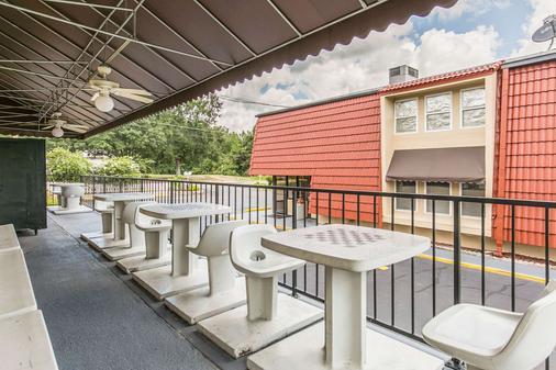 北部伊克諾飯店 - 塔拉哈西 - 陽台