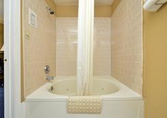 美洲最佳價值旅館- 聖馬特奧 - 聖馬特奧市 - 浴室