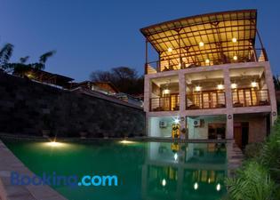 布魯馬林科莫多酒店
