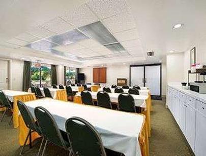 坦帕華美達酒店 - 坦帕 - 會議室