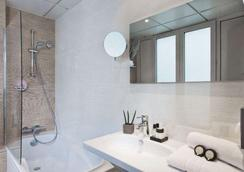 阿里斯格爾內爾埃菲爾鐵塔酒店 - 巴黎 - 臥室