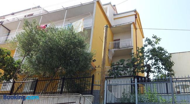 Apartments Nena - 斯普利特 - 建築