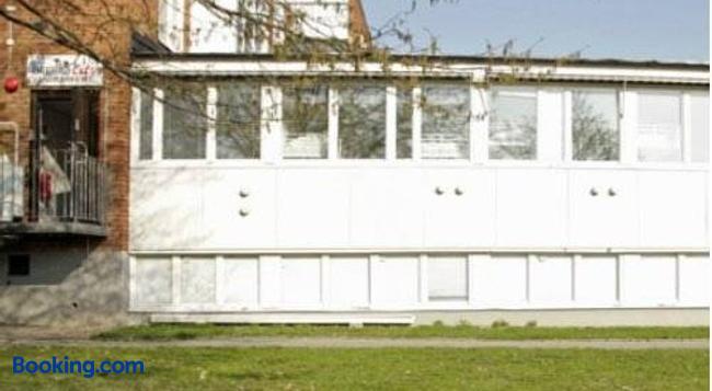 Örebro City Hostel - 厄勒布魯 - 建築