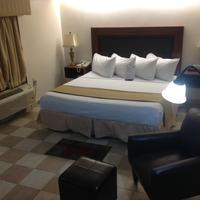 Best Western Hotel Plaza Matamoros Room