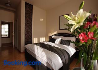 維斯塔多莫斯酒店