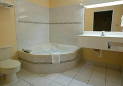 聖安東尼奧/拉克蘭空軍基地美國最佳價值旅館 - 聖安東尼奧 - 浴室