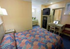 聖安東尼奧/拉克蘭空軍基地美國最佳價值旅館 - 聖安東尼奧 - 臥室