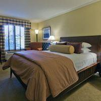 The Glidden House Guestroom