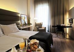 翰瓦納希爾肯格蘭酒店 - 巴塞隆拿 - 臥室