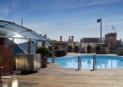 翰瓦納希爾肯格蘭酒店 - 巴塞隆拿 - 游泳池
