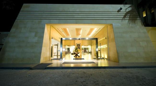Amman Airport Hotel - 安曼 - 建築