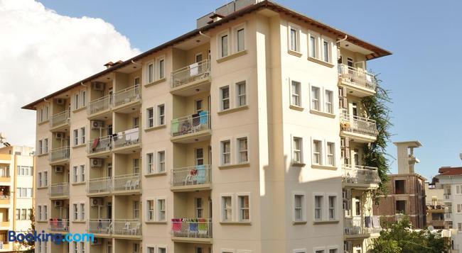 Narcis Apart Hotel - 阿拉尼亞 - 建築