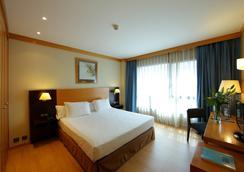 阿提卡21號巴塞羅那馬爾酒店 - 巴塞隆拿 - 臥室