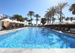 普拉亞高爾夫酒店 - 帕爾馬 - 游泳池
