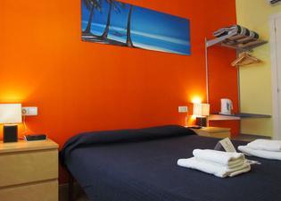巴塞羅那城北旅館